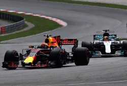 Verstappen se lleva una victoria total sobre el líder Hamilton