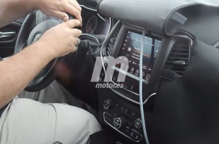 Fotos del interior del Jeep Cherokee 2018: nos asomamos a su habitáculo