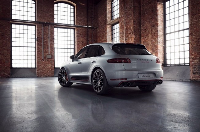 Porsche Macan Turbo Exclusive Performance Edition - posterior