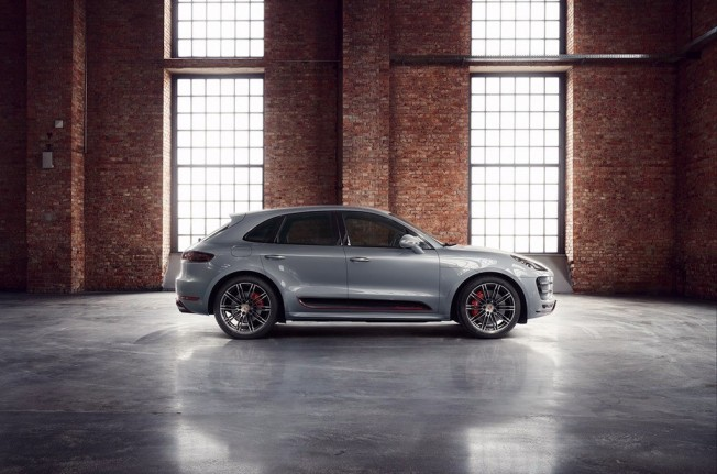 Porsche Macan Turbo Exclusive Performance Edition - lateral