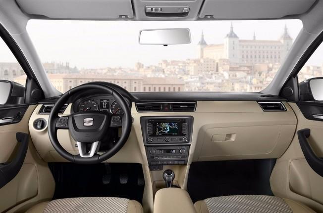 SEAT Toledo - interior
