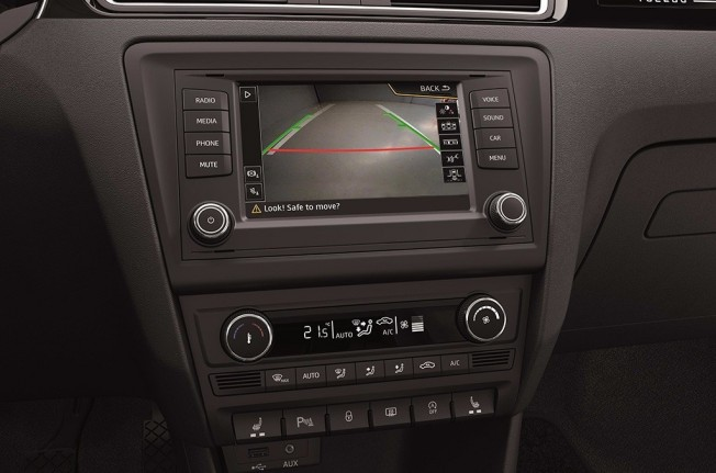 SEAT Toledo 2018 - interior