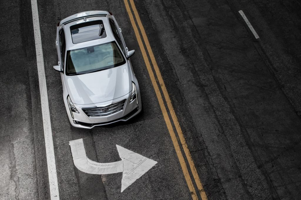 El Cadillac CT6 estrena el sistema Super Cruise de conducción semi-autónoma