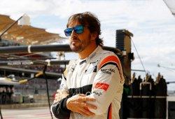 """Alonso sobre su visita a Toyota: """"He estado en muchos sitios, ya se verá"""""""