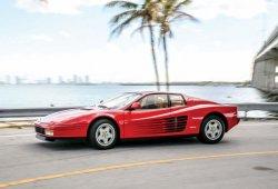 Raro ejemplar del Ferrari Testarossa casi a estrenar a subasta