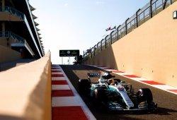 Hamilton arrasa en los últimos libres de 2017