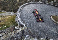 Buemi se atreve con el Tremolastrasse... ¡en un Fórmula 1!