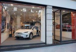 Tesla abre su primera tienda en Madrid, un espacio de lujo