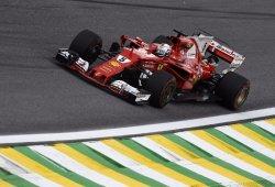 Vettel, la victoria; Hamilton, el espectáculo