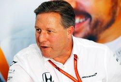 """Zak Brown: """"Habría sido un duro golpe para McLaren no tener a Alonso en 2018"""""""