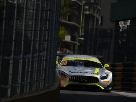 Mortara y Juncadella, primera fila de la FIA GT World Cup