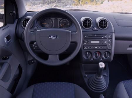 """En el futuro no habrá más coches """"tontos"""", según Ford"""