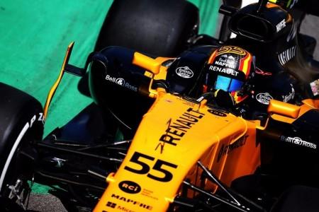 """Sainz, optimista con su futuro en Renault: """"Ya hay motores de 2018 en pista"""""""