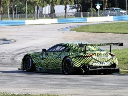 Test del nuevo Aston Martin Vantage GTE en Sebring