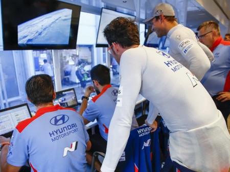 Neuville y Mikkelsen, juntos en el Monza Rally Show