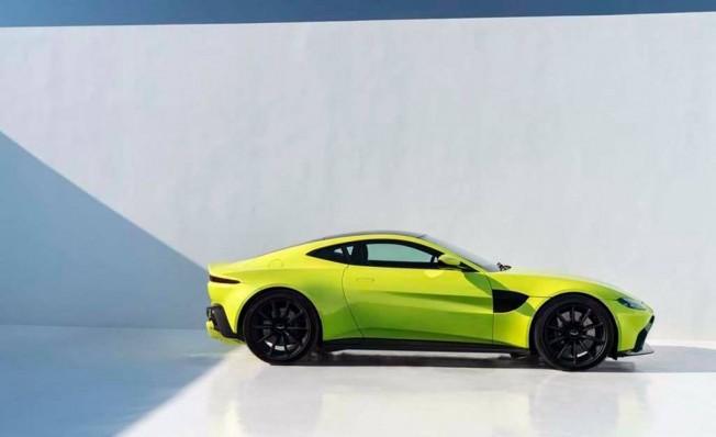 Aston Martin Vantage 2018 - lateral