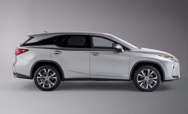 Lexus RX L 2018 - lateral