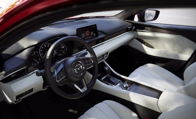 Mazda6 2018 - interior