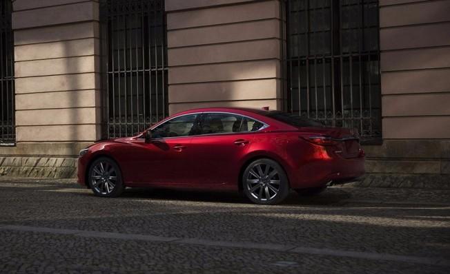 Mazda6 2018 - posterior