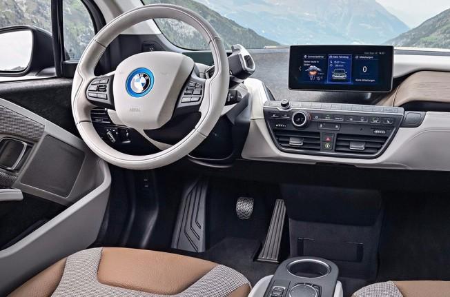BMW i3 2018 - interior