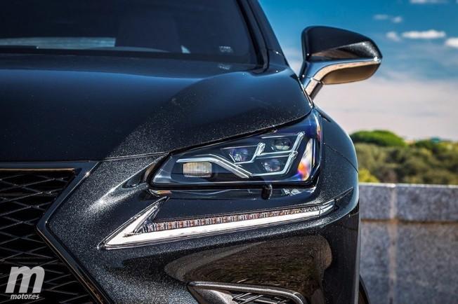 Lexus NX 300h 2018 - frontal