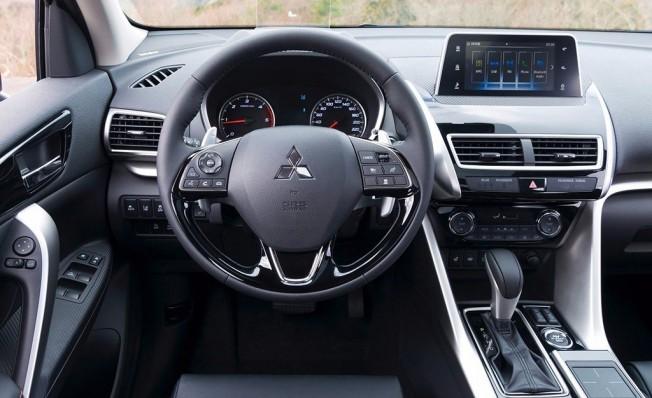 Mitsubishi Eclipse Cross - interior