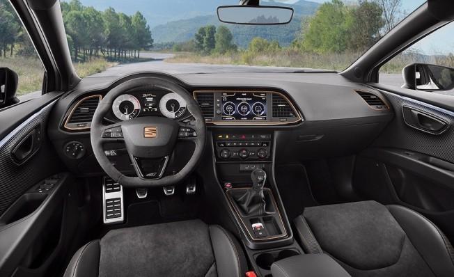 SEAT León Cupra R - interior