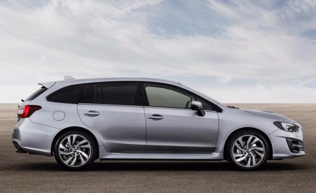Subaru Levorg 2018 - lateral