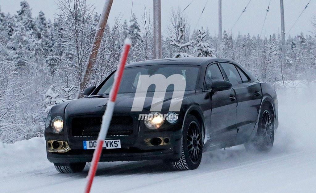 El nuevo Bentley Flying Spur 2019 se enfrenta al frío y la nieve