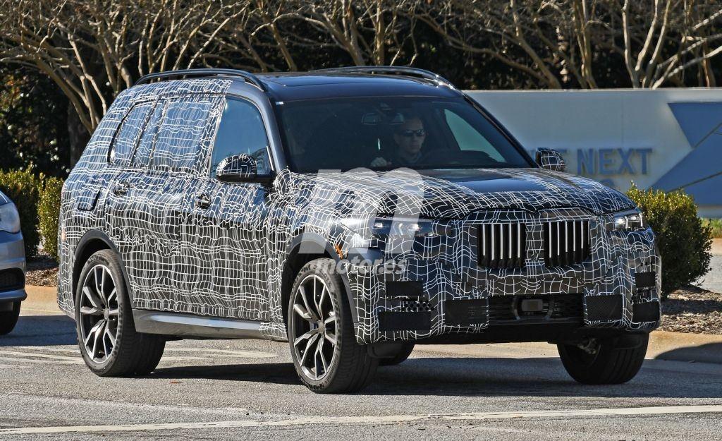 El esperado BMW X7 2019 comienza a perder camuflaje
