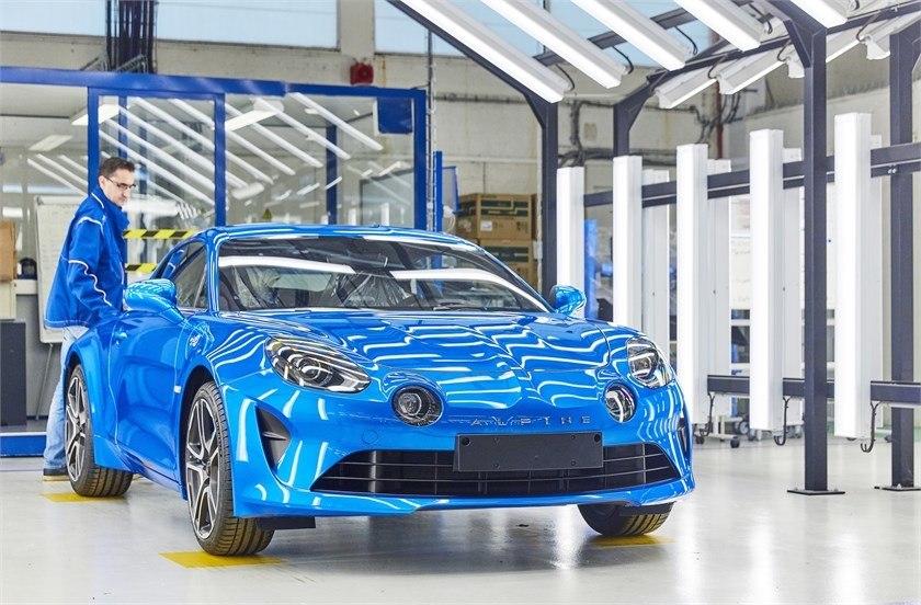 El nuevo Alpine A110 comienza su producción en la planta de Dieppe