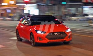 El nuevo Hyundai Veloster Turbo cazado completamente al desnudo