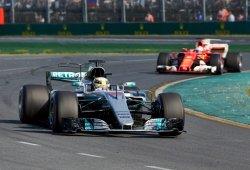 """Hamilton augura un Vettel más fuerte: """"Aprenderá de las experiencias"""""""
