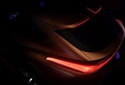 Lexus anticipa el LF-1 Limitless Concept: debutará en el Salón de Detroit 2018