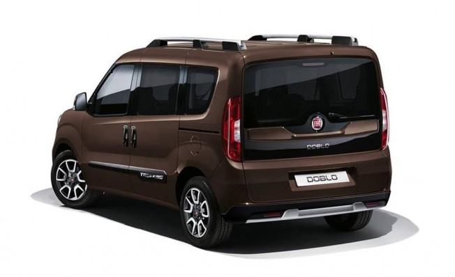 Fiat Doblò Panorama Trekking - posterior