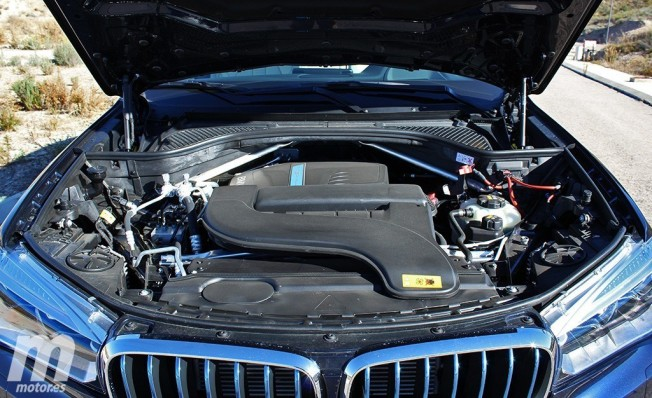 BMW X5 xDrive40e iPerformance - motor