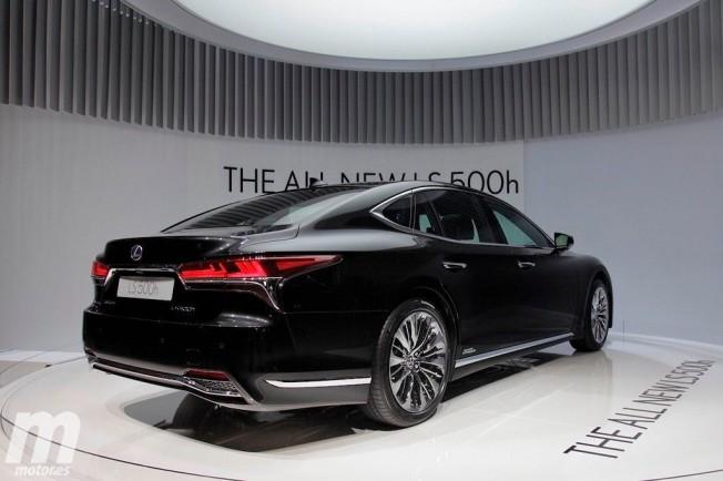 Lexus LS 500h 2018 - posterior
