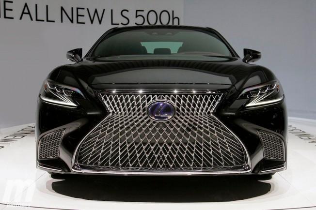 Lexus LS 500h 2018 - frontal