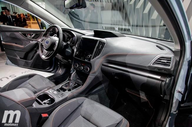 Subaru XV 2018 - interior