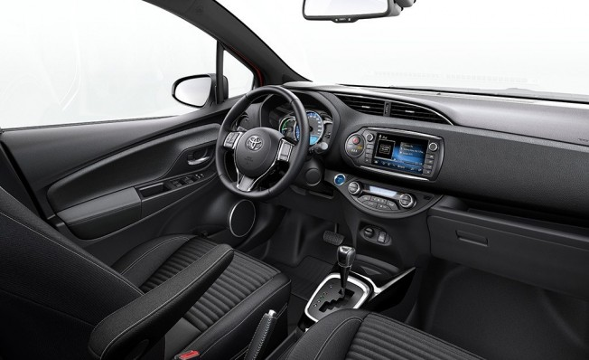 Toyota Yaris 2018 - interior