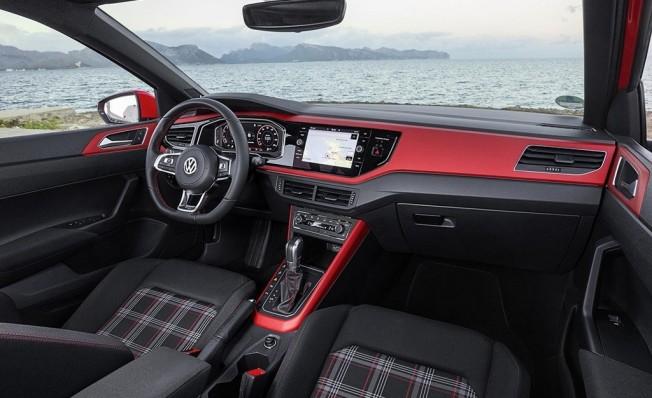 Volkswagen Polo GTI 2018 - interior