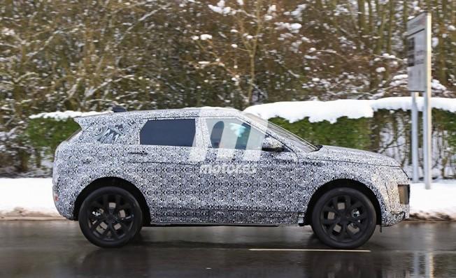 Range Rover Evoque 2019 - foto espía lateral