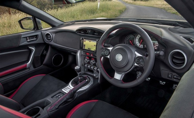 Toyota GT86 Performance Kit - interior