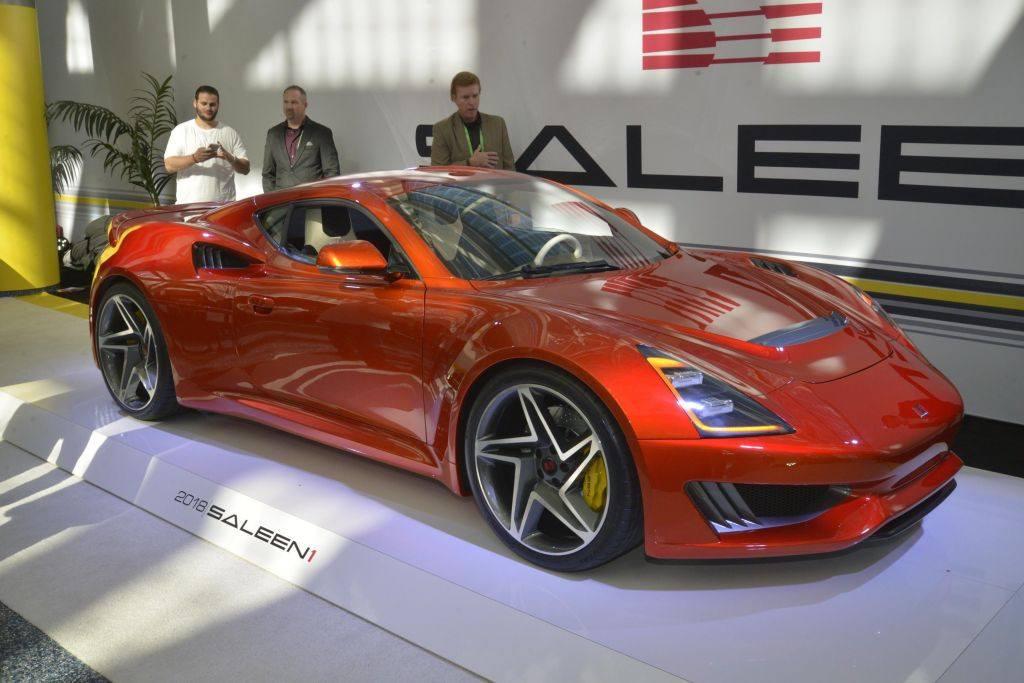 El Saleen S1 presentado oficialmente en el Salón de Los Ángeles