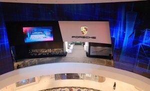Porsche continúa con su expansión en China y ya tiene 100 concesionarios