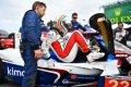 """Alonso, tras los problemas de frenos: """"Es una pena, pero seguiremos dándolo todo"""""""