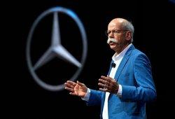 """Zetsche: """"Mercedes es el poli bueno, Ferrari el poli malo"""""""