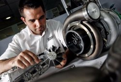 Renault trabaja en su propio 'botón mágico' para el motor de 2018