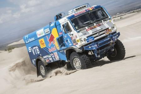 Dakar 2018, etapa 14: Kamaz y Nikolaev repiten triunfo