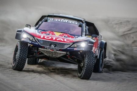 Dakar 2018, etapa 7: Error de Peterhansel, Sainz es líder